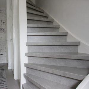 beton cire trap bruizt-vierkant